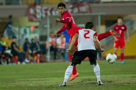 5 chan sut vi dai nhat AFF Cup: Co Huynh Duc, Cong Vinh - Anh 5