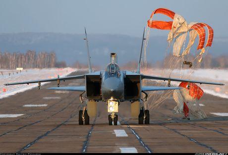 Lo ly do that su MiG-31 duoc trien khai toi Syria - Anh 1