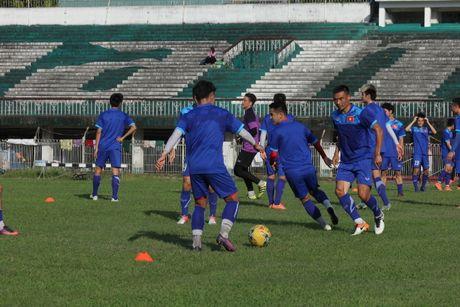 DTQG Viet Nam vui dua truoc tran mo man AFF Cup 2016 - Anh 1