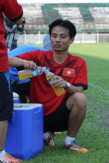 DTQG Viet Nam vui dua truoc tran mo man AFF Cup 2016 - Anh 4