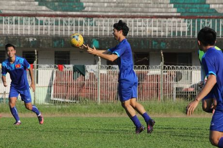 DTQG Viet Nam vui dua truoc tran mo man AFF Cup 2016 - Anh 6