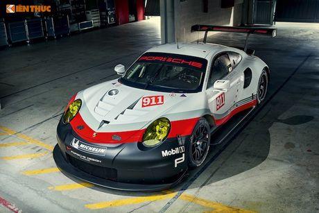 Sieu xe dua 'khung' Porsche 911 RSR thong tri duong dua 2017 - Anh 4