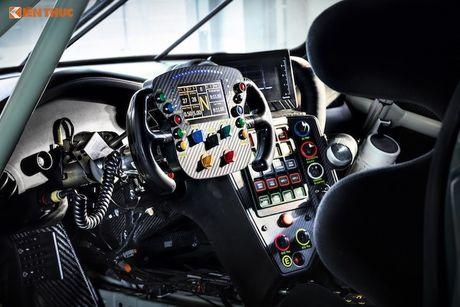 Sieu xe dua 'khung' Porsche 911 RSR thong tri duong dua 2017 - Anh 6