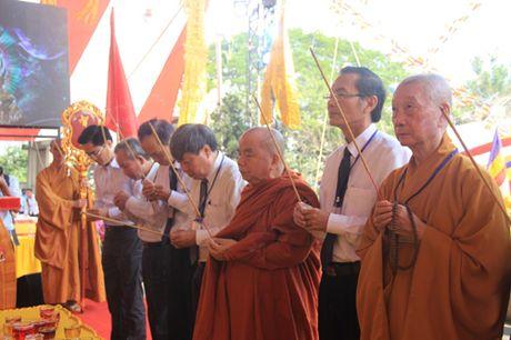 TP Ho Chi Minh: Hang nghin nguoi tham gia cau sieu cho cac nan nhan TNGT - Anh 1