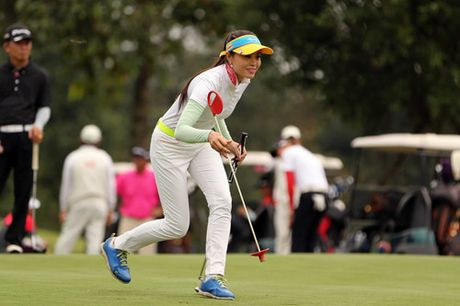 Cac golf thu hao hung tranh tai tai giai TaylorMade Challenge 2016 - Anh 2