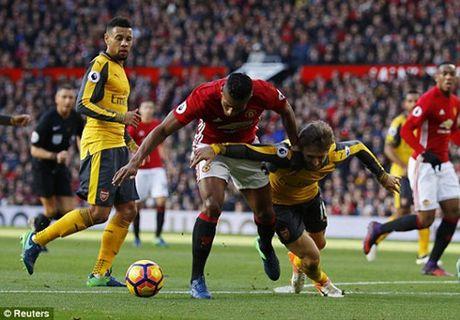 M.U 1-1 Arsenal: 'Phao thu' goi ten Oliver Giroud - Anh 10
