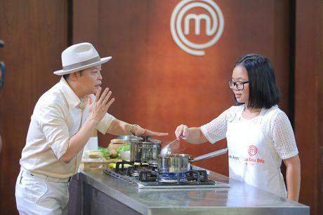 """Vua dau bep nhi: Top 8 dong loat """"meo mat"""" vi nguyen lieu moi - Anh 12"""