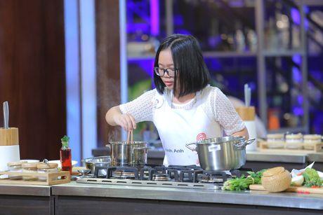 """Vua dau bep nhi: Top 8 dong loat """"meo mat"""" vi nguyen lieu moi - Anh 7"""