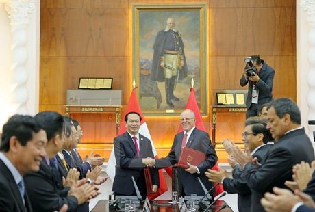 Chu tich nuoc hoi dam Tong thong Peru Kuczynski - Anh 1
