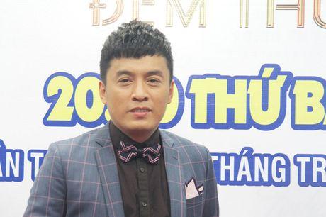 """Sai Gon dem thu 7: Lam Truong nhuong ban hit """"Tinh thoi xot xa"""" cho dan em - Anh 1"""