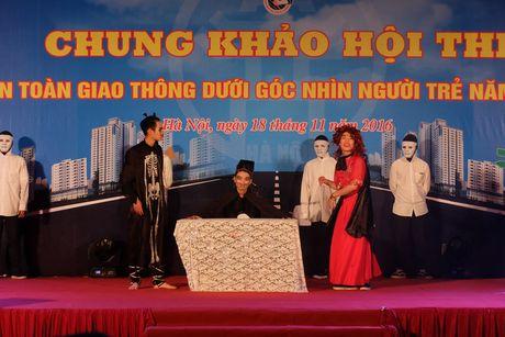 An toan giao thong duoi goc nhin nguoi tre Ha Noi - Anh 3