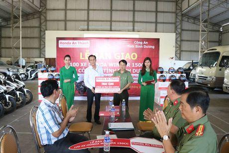 Khong co chuyen Honda tang Binh Duong 100 xe bat cuop! - Anh 2