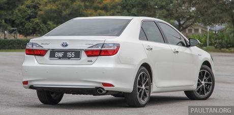 Gia 778 trieu dong tai Malaysia, Toyota Camry nang cap 2016 sap ve Viet Nam? - Anh 3