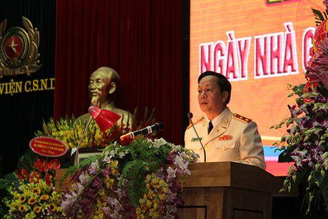 Pho thu tuong Truong Hoa Binh du Le Mit tinh ky niem Ngay Nha giao Viet Nam tai Hoc vien CSND - Anh 5