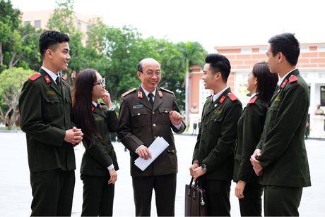 'Khoanh khac thay tro' gian di cua Hoc vien An ninh nhan dan - Anh 1
