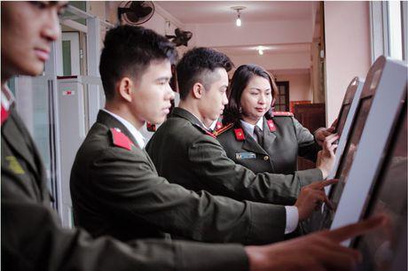 'Khoanh khac thay tro' gian di cua Hoc vien An ninh nhan dan - Anh 6
