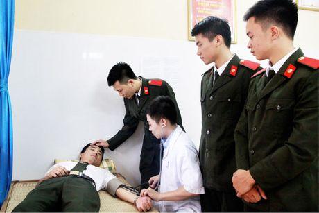 'Khoanh khac thay tro' gian di cua Hoc vien An ninh nhan dan - Anh 8