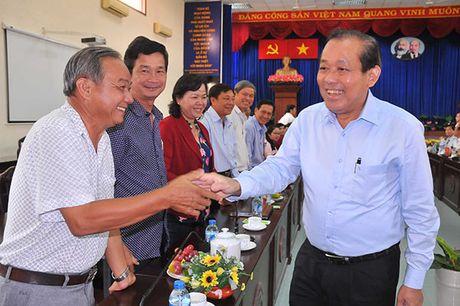 Pho Thu tuong Thuong truc Truong Hoa Binh gap mat cuu can bo MTTQ TP Ho Chi Minh - Anh 1