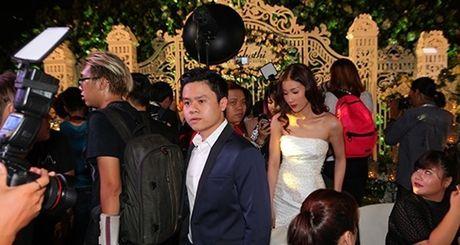 Phan Thanh cong khai xuat hien voi nhung hotgirl nao sau khi bi tu hon? - Anh 9