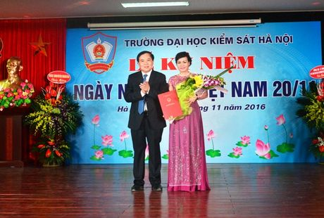 Truong Dai hoc Kiem sat Ha Noi ky niem ngay Nha giao Viet Nam - Anh 3