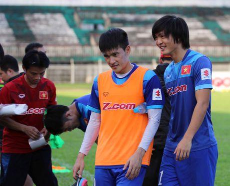 Bi loai khoi AFF Cup: Tuan Anh va tro dua cua so phan - Anh 4