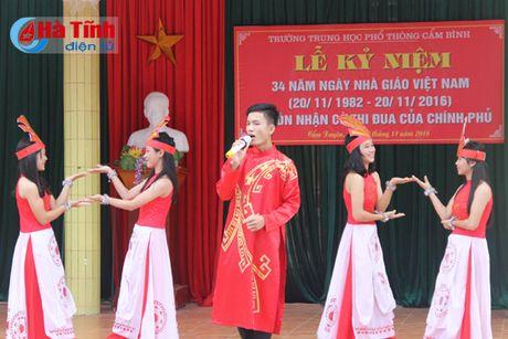 Trang trong mit tinh ky niem ngay Nha giao Viet Nam - Anh 2