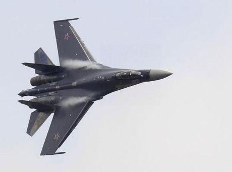 Cuu Trung tuong Nga: Moscow van chua ky thoa thuan ban may bay Su-35, ten lua S-400 cho Trung Quoc - Anh 2