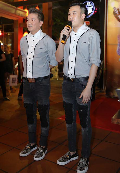Mr Dam - Duong Trieu Vu dien do doi toan tap du su kien gay choang - Anh 1