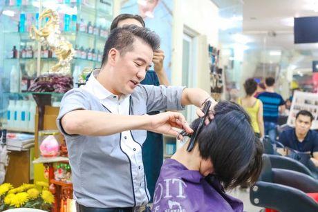 Dam Vinh Hung: 'Ong hoang giu loi hua cua Vbiz' - Anh 3
