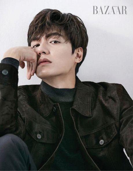 Lee Min Ho lan dau chia se ve ban dien trong 'Huyen thoai bien xanh' - Anh 5