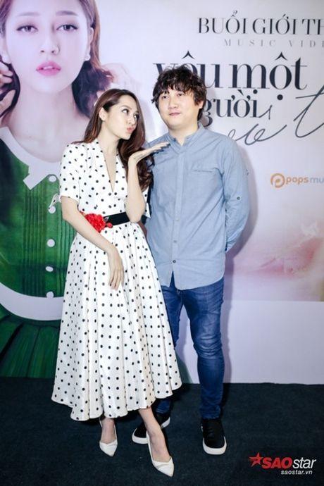 MV Bao Anh can moc luot xem an tuong sau hon 24 gio len song - Anh 2