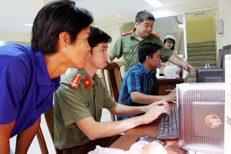 Chum anh: Huong dan cach lam ho chieu chi mat 15 phut - Anh 2