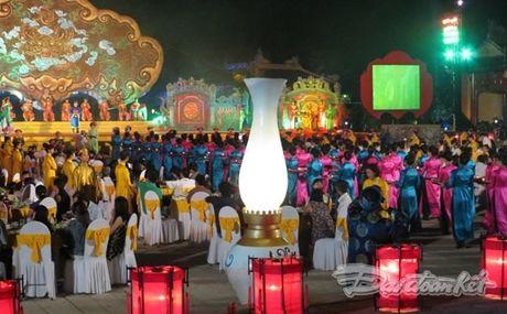Nhin lai 9 ky Festival to chuc tai Hue - Anh 1