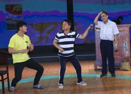 Minh Nhi buon long vi dien vien tre khong nho on thay co - Anh 1