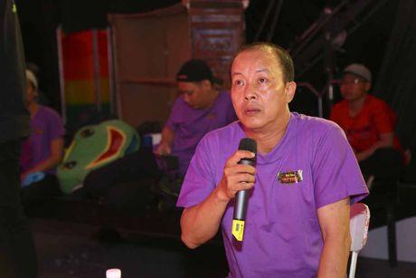 Minh Nhi buon long vi dien vien tre khong nho on thay co - Anh 2