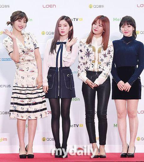 Dan sao Han khoe sac tren tham do Melon Music Awards 2016 - Anh 11