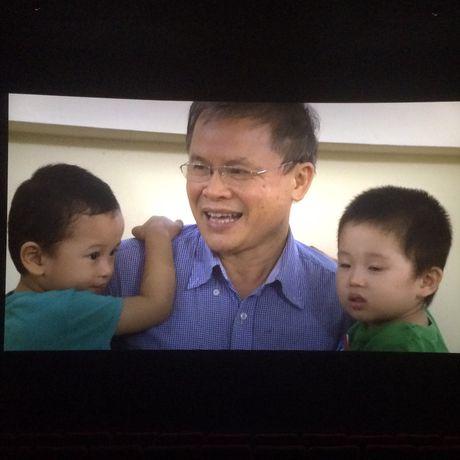 Dao dien Dang Hong Giang: Tiep tuc 'yeu doi' voi phim moi 'Dang song' - Anh 2
