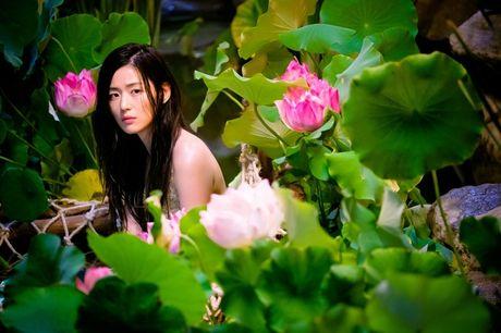 Cap doi Ji Hyun - Min Ho nang tam nho 'Huyen thoai bien xanh' - Anh 2