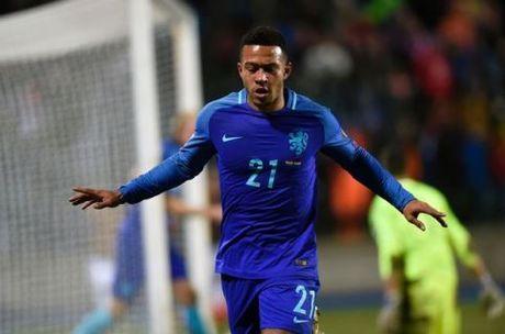 CAP NHAT sang 19/11: Nha cai danh gia cao Viet Nam tai AFF Cup. Mourinho 'day bao' HLV Everton - Anh 3