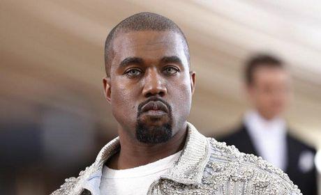 Kanye West va ong Trump het loi ca ngoi nhau du bi phan doi du doi - Anh 1
