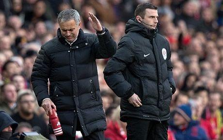 Man United bi tu choi phat den oan uong - Anh 3
