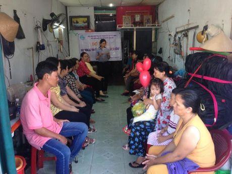 Huyen Nha Be: So ket hoat dong To hop tac 'Phu nu may gia cong' - Anh 1