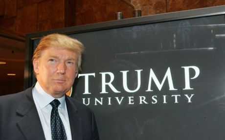 Ong Trump chap nhan tra 25 trieu USD de dan xep vu kien Dai hoc Trump - Anh 1