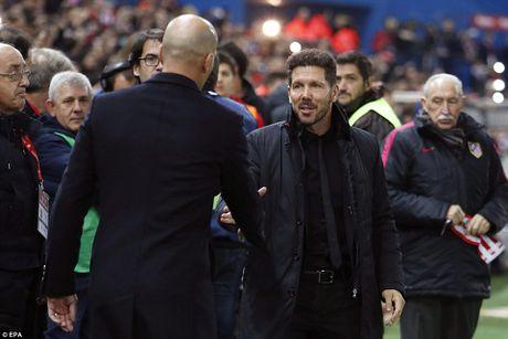 Cristiano Ronaldo lap hat-trick, Real Madrid thang vui dap Atletico - Anh 3