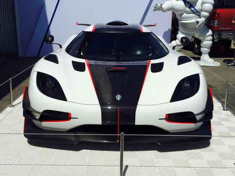 Kinh hoang Koenigsegg One:1 gia dat 224 ty dong - Anh 2