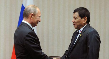 Duterte het long ca ngoi Putin - Anh 1