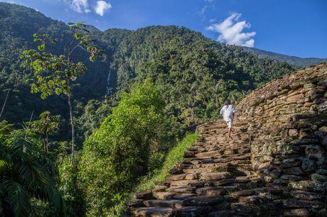 Choang ngop voi thanh pho co dang khai quat tai Colombia - Anh 7