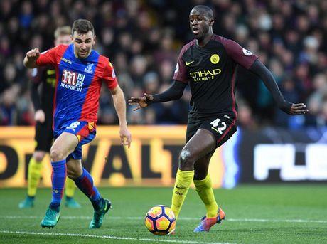 Yaya Toure giup Guardiola thoat hiem o Selhurst Park - Anh 4