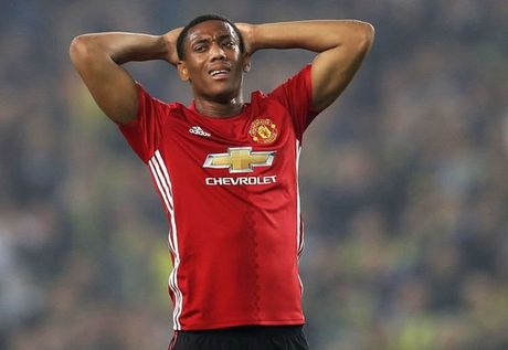 Anthony Martial chang lam nen tro trong gi - Anh 1