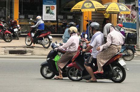 Sai Gon van nang nong nhu do lua du da cuoi nam - Anh 6